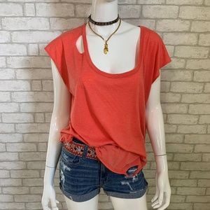 Chaser coral distressed (ripped) t-shirt - L